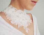 Bridal lace necklace / White necklace / Bridal lace choker / Wedding accessory / Special occasion necklace /