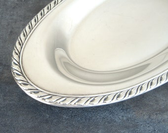 Vintage Silverplate Bread Tray, Silver Plate Serving Piece, Wm A Rogers Oval Dish, Rope Edge