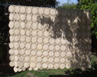 Vintage Beige Hand Crocheted Spread / Table Cover 1920s