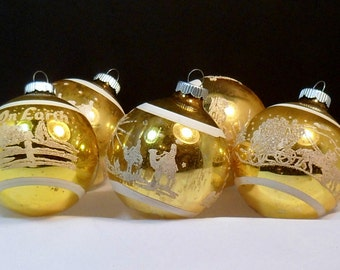 Christmas 5 Glass Ornaments Gold Shiny Brite Stencil Nativity Horse Carriage Peace on Earth Vintage 1950s