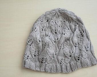Gray leaf hat