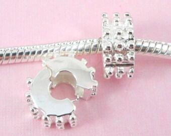 Spike stopper beads
