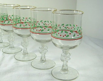 Vintage CHRISTMAS WINE GOBLETS Holly Bow Stem HOLiDAY Set/4 Glass Stemware Barware