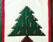 Log Cabin Christmas Tree Wall Quilt, Holiday Wall Hanging, or Christmas Throw, Red White Green, Gold Bows, Handmade Quilt, Holiday Decor