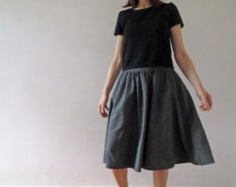 Vintage 70s Black Grey Ticking Cotton Yoke Skirt Small