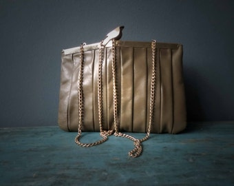 Khaki Olive Green Genuine Leather Gold Tone Chain Clutch Handbag Vintage 70s