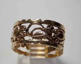 Floral Design Ring 10.5mm Wide Yellow Gold 14K 6.6grams Size 8.5 Excellent Condition