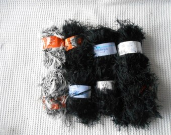400g  Yarn Wool Destash Craft Supply Grab Bag Black and White 8 Balls Knitting Fluffy Nylon
