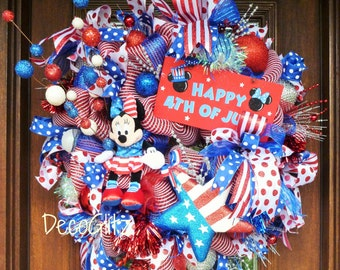 MINNIE MOUSE PATRIOTIC Wreath, Fourth of July Wreath, Disney Wreath, Disneyland, Patriotic Disney Wreath