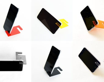 Universal & portable phone stand for iPhone (4, 5, 6, 7) and androids perfect for handsfree video viewing, facetime, skype, Samsung, Apple