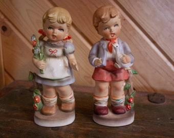 Holland Singing Children Porcelain Pair Japan
