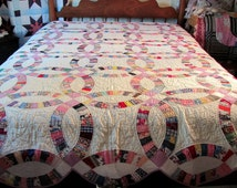 Hand Quilted Double Wedding Ring Quilt Full Size