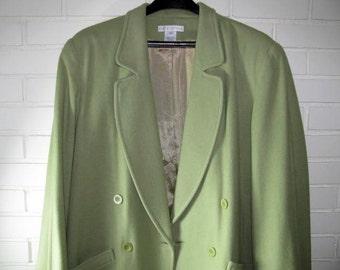 Vintage ladies green soft wool coat size 16