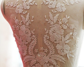 Exquisite Wedding Lace Applique , Bridal Veil Applique for Wedding Gown, Bridal Dress Decor, Bodice