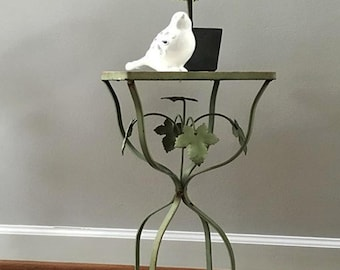Vintage Chippy Rustic Iron Leaf Patio Table....Plant Stand