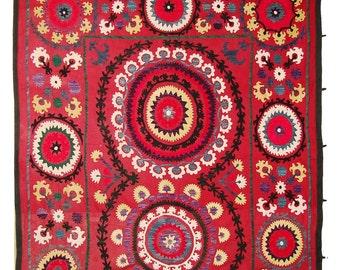 Suzani Wall Hanging, Handmade Vintage Suzani NL1419, Uzbek Suzani, Suzani Blanket, Suzani Tapestry, Suzani Bedding, Wall Art, Suzani Throw