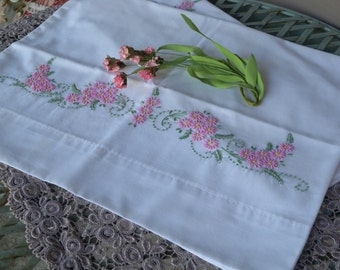 Beautiful Pair Of Vintage Shabby White Cotton Pillow Cases with Embroidery Flower Details/Romantic Decor/Shabby Decor/Cottage Decor