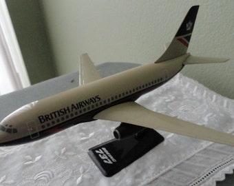 B725)  Vintage British Airways Boeing 737 Lander colors model plane