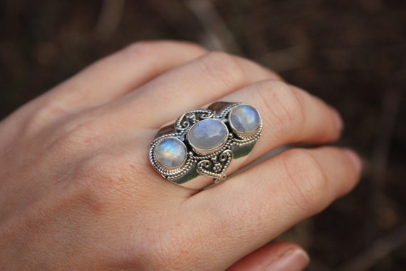 3 STONE MOONSTONE RING -Sterling Silver Ring- Moonstone Ring- Healing Crystal Jewellery- Chakra Ring- Statement Ring- Boho- Vintage- Crystal