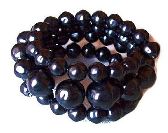"""Beaded Bracelet Charcoal Gray Lucite Beads 3 Coil Wrap Style Mid Century 1 1/4"""" W Vintage"""