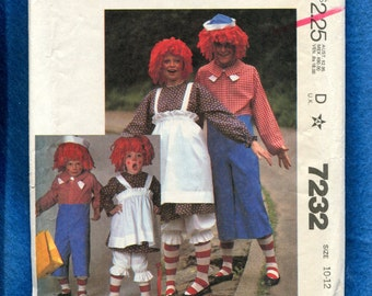 Vintage 1980 McCalls 7232 Raggedy Ann & Andy Costumes for Kids Sizes 10 12 UNCUT
