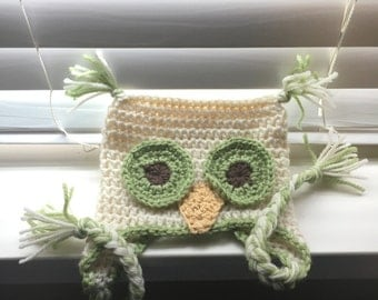 Crochet Owl Hat, Wool, Size 0-6 months, Green and white, With earflaps and braids