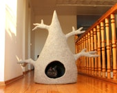 Cat house - cat tree - cat bed - wool cat cave - light grey felted wool cat bed - made to order