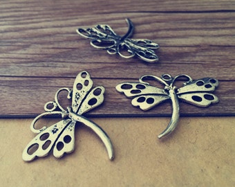 15pcs of  Antique silver dragonfly pendant Charms 28mmx37mm