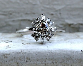 Retro Vintage 18K White Gold Diamond Engagement Ring with Baguettes by H. Stern- 0.94ct.