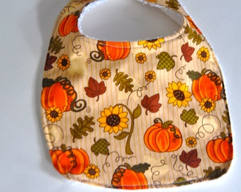 Pumpkin baby bib, pumpkin bib, Fall bib, Fall baby bib, Thanksgiving bib, thanksgiving baby bib, pumpkin patch bib, Autumn baby bib