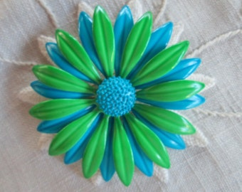 Vintage Daisy Brooch Mod Retro Jewelry Green Blue Enamel Flower Power