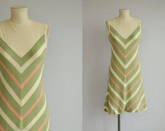 Vintage 60s Dress / 1960s Mod Chevron Stripe Knit Sweater Mini Dress / Sleeveless Aline Sheath Twiggy Dress