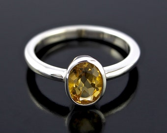 November Birthstone Ring. Orange Citrine Ring in Sterling Silver. Oval shape Orange Citrine Ring in 925 Sterling Silver - CS1505