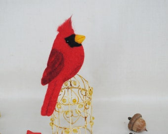Needle felt brooch Red Cardinal bird Jewelry, felt brooch