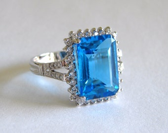 14K White Gold Blue Topaz Diamonds Ring