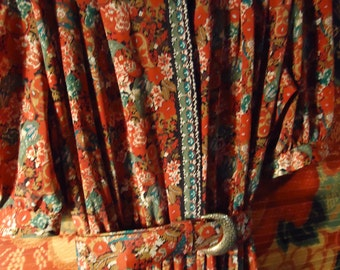 Vintage 1980s Mixed Multi Red Multi-Colored Flowered Belted Waist Dress