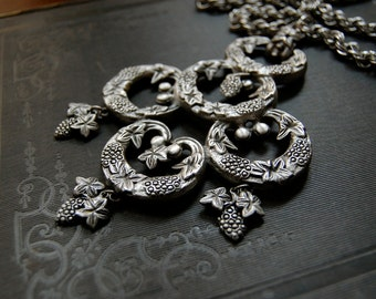 Pauline Radler-like Greek Revival Necklace Silvertone