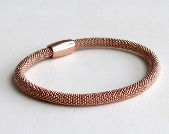 Rose gold (on sterling silver) diamond cut mesh style bracelet with magnetic closure