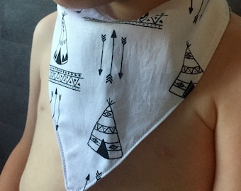 Baby Bandana Bib Bibdana Scarf in White Teepees and Arrows Cotton & Flannel with Snap Closure for Boy or Girl