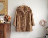 1960s Faux Fur Coat in Light Brown / Wide Collared Faux Fur Coat