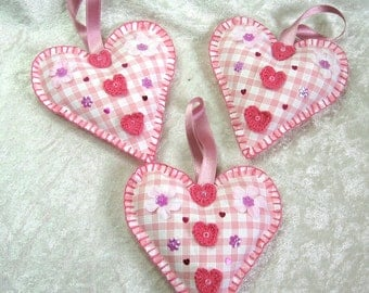 Hanging romantic heart, shabby heart, filled heart, pink heart, new born hearts, bride hearts