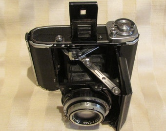 Vintage Zeiss Ikon Ikonta 521 Folding Camera 1940s Rangefinder Camera 6 X 9cm (120) Roll Film F3.5 Tessar Lens Very Good Working Condition