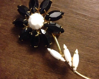 Black and White Milk Glass Stone Flower Pin/ Brooch
