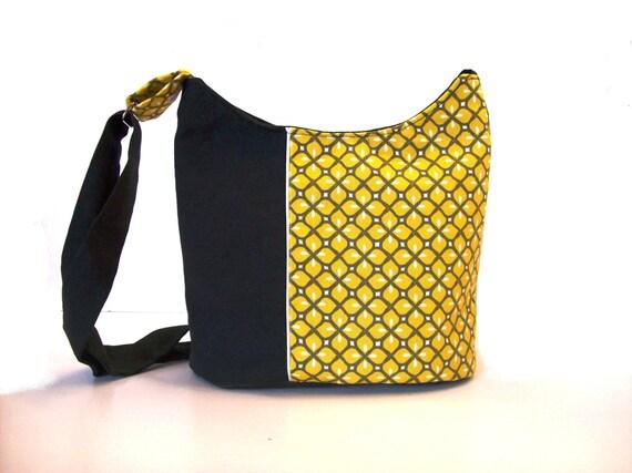 sac seau noir et jaune moutarde a motifs geometriques sac a. Black Bedroom Furniture Sets. Home Design Ideas
