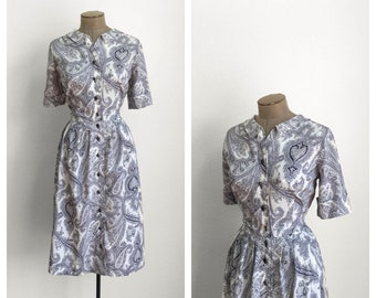 50s Paisley Shirtwaist Dress • 1950s Fit and Flare Day Dress • Blue and White Short Sleeve Shirt Waist Dress • Plus Size • XL