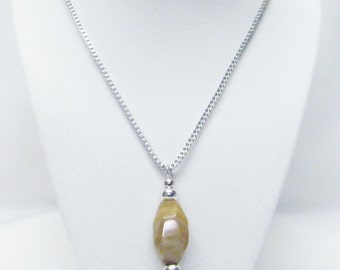 Semiprecious Chunky Beige/Brown Agate Stone Bead Pendant Necklace