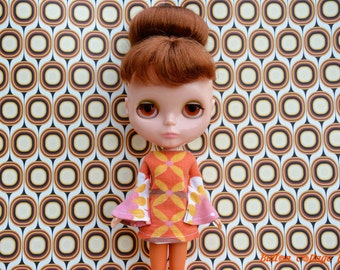 Bell sleeved vintage fabric patterned retro mod style dress for Blythe Pullip Dal licca and similar dolls