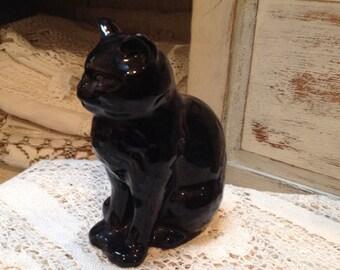 Vintage Figurine Sylvac Black Cat
