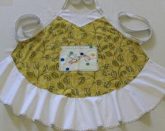 Vintage Embroidered Stork Apron