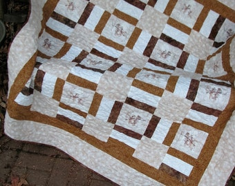 Quilt - Lap Quilt - Christmas Snowman Lap Quilt in Beige and Browns - Minkie Backing